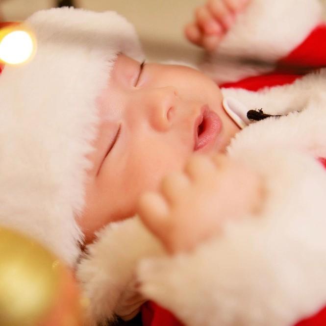 Dàn Hoa hậu, Á hậu trang hoàng nhà cửa lộng lẫy chuẩn bị đón Giáng Sinh  - ảnh 10