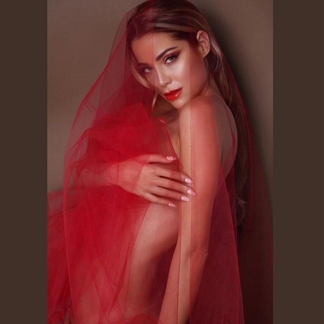 Hoa hậu Hoàn vũ Italy 2020 sở hữu đường cong nóng bỏng tựa 'thiên thần nội y' - ảnh 8