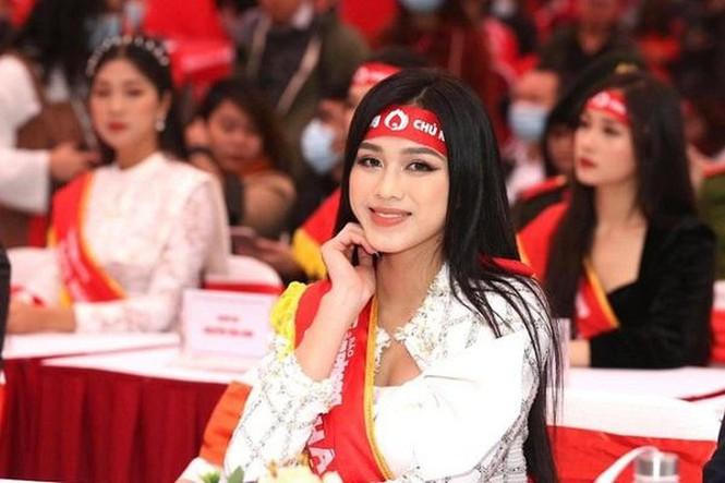 Trước thềm thi Miss World 2021, Hoa hậu Đỗ Thị Hà có những bước đi đầy thông minh  - ảnh 8
