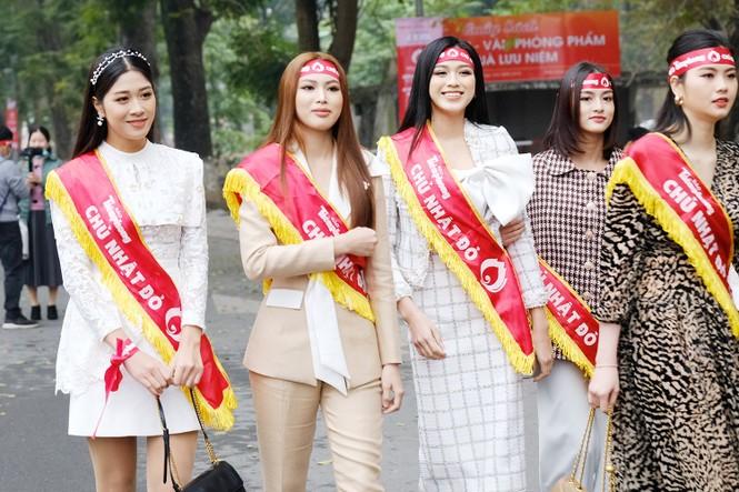 Trước thềm thi Miss World 2021, Hoa hậu Đỗ Thị Hà có những bước đi đầy thông minh  - ảnh 9