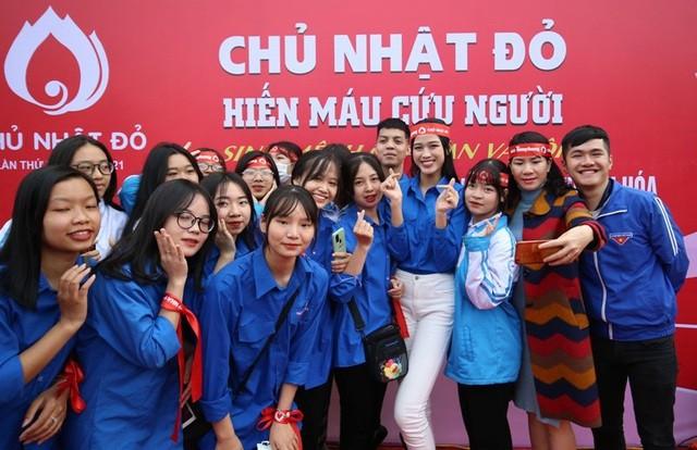 Trước thềm thi Miss World 2021, Hoa hậu Đỗ Thị Hà có những bước đi đầy thông minh  - ảnh 7