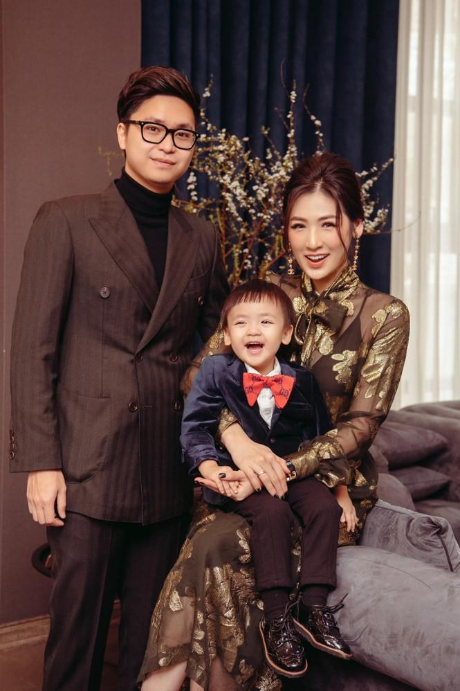 Top 3 HHVN 2012: Hoa hậu Đặng Thảo và 2 á hậu đều có hôn nhân viên mãn - ảnh 12