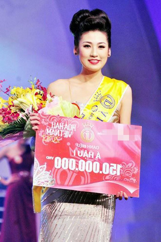 Top 3 HHVN 2012: Hoa hậu Đặng Thảo và 2 á hậu đều có hôn nhân viên mãn - ảnh 7