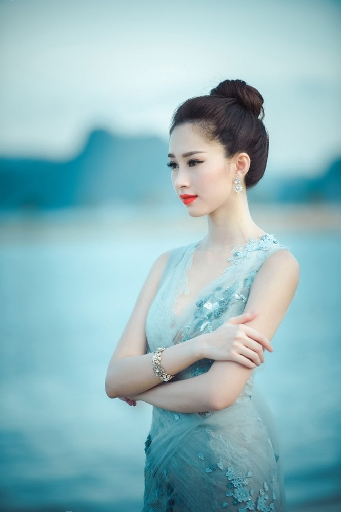 Top 3 HHVN 2012: Hoa hậu Đặng Thảo và 2 á hậu đều có hôn nhân viên mãn - ảnh 3