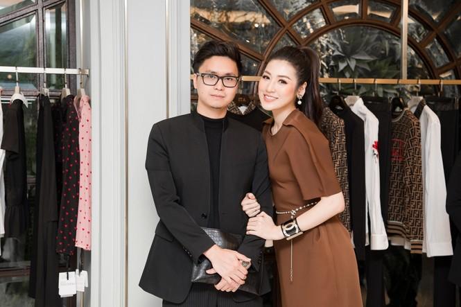 Top 3 HHVN 2012: Hoa hậu Đặng Thảo và 2 á hậu đều có hôn nhân viên mãn - ảnh 11