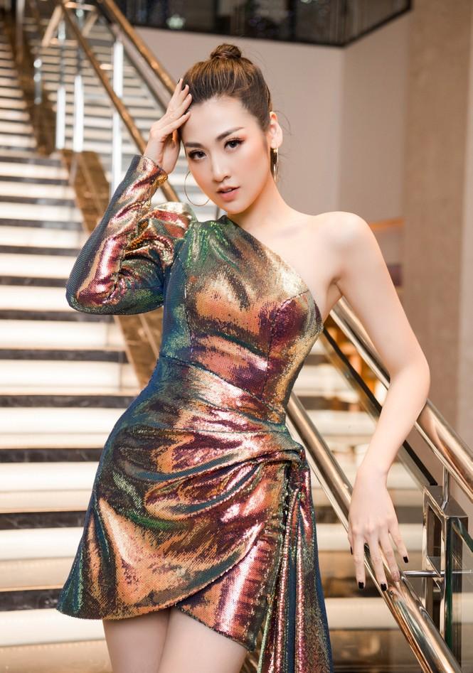 Top 3 HHVN 2012: Hoa hậu Đặng Thảo và 2 á hậu đều có hôn nhân viên mãn - ảnh 9