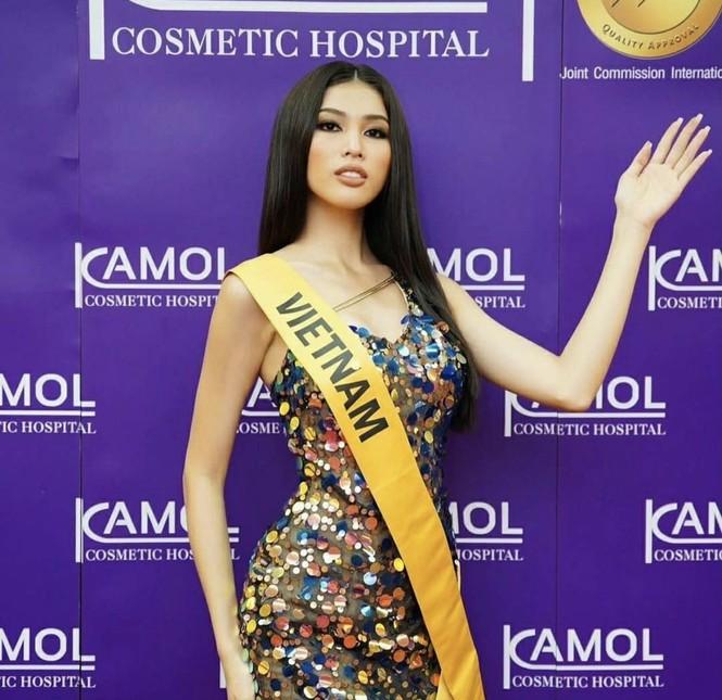 Ngọc Thảo mặc màu vàng 'phong thuỷ' cực lộng lẫy bước vào vòng phỏng vấn ở Miss Grand  - ảnh 11
