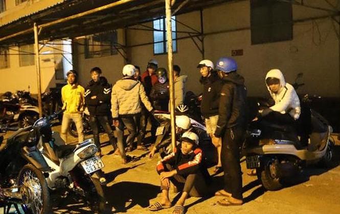 50 'quái xế' náo loạn Quốc lộ 20, cảnh sát nổ súng khống chế - ảnh 1