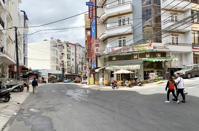 Du khách hủy hàng vạn phòng lưu trú ở Đà Lạt vì corona - ảnh 2