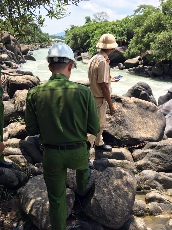 Du khách bị lũ cuốn tử vong trên sông Đông Nai khi đi chơi thác nước - ảnh 1