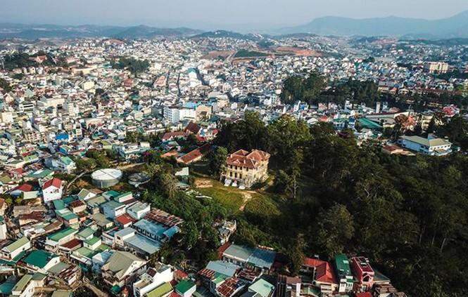 Hàng chục kiến trúc sư phản ứng chuyện xây khách sạn ở Dinh tỉnh trưởng  - ảnh 2