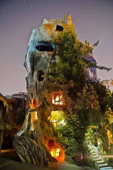 Đà Lạt: Những địa điểm chụp ảnh 'ma ám' mùa Halloween - ảnh 1