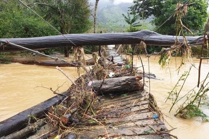 Tìm thấy ba lô của 2 nữ du khách mất tích ở Lâm Đồng - ảnh 2