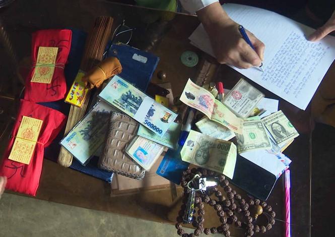 Giả danh tu sĩ đánh tráo 49 triệu đồng bằng tiền vàng mã   - ảnh 1