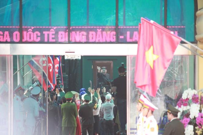 Lãnh đạo Đảng, Nhà nước tiễn Chủ tịch Kim lên tàu về nước - ảnh 7