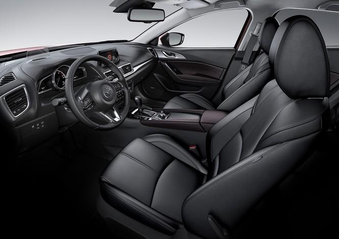 Vượt mốc 50.000 xe, Mazda3 ưu đãi lên đến 70 triệu đồng - ảnh 2