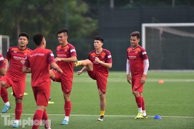 Đình Trọng tập luyện chính thức cùng U22 Việt Nam - ảnh 3