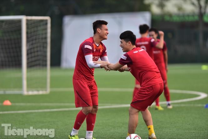 Đình Trọng tập luyện chính thức cùng U22 Việt Nam - ảnh 5