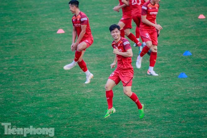 Park Hang Seo 'tung' giáo án lạ trước trận gặp UAE - ảnh 7