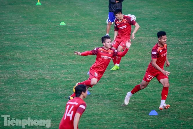 Park Hang Seo 'tung' giáo án lạ trước trận gặp UAE - ảnh 8
