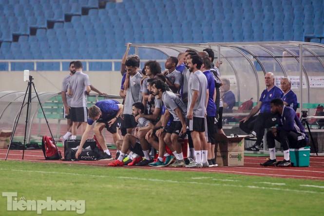 Mục kích UAE 'luyện công' trước trận đấu với tuyển Việt Nam - ảnh 1