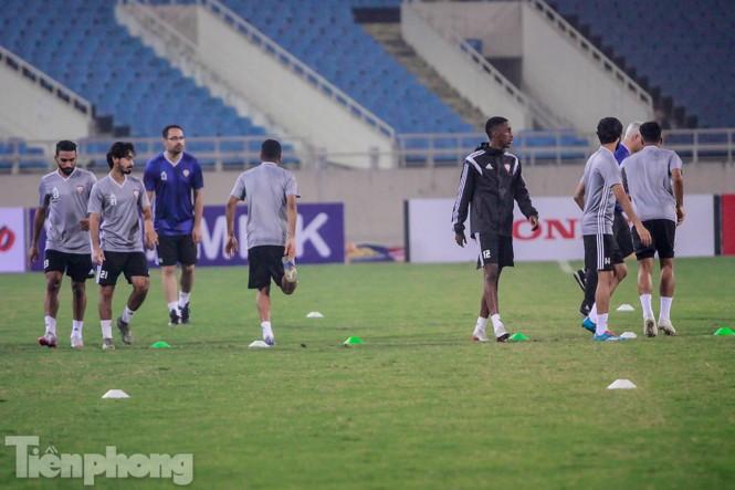 Mục kích UAE 'luyện công' trước trận đấu với tuyển Việt Nam - ảnh 3
