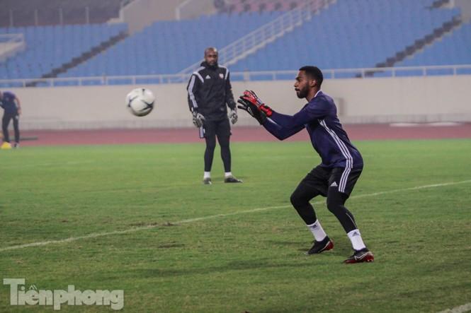 Mục kích UAE 'luyện công' trước trận đấu với tuyển Việt Nam - ảnh 5