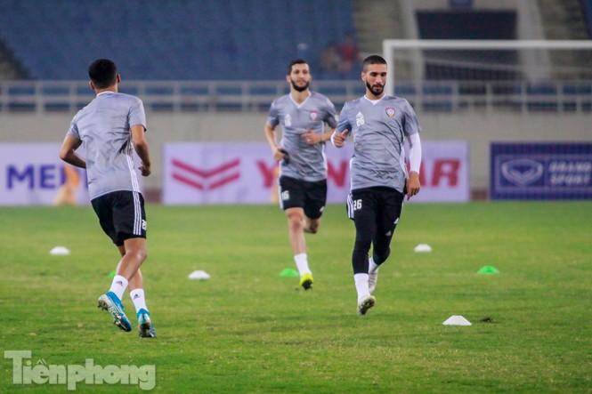 Mục kích UAE 'luyện công' trước trận đấu với tuyển Việt Nam - ảnh 6