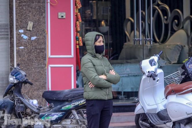 Hà Nội đón không khí lạnh: 'Đã nghe rét mướt luồn trong gió' - ảnh 5