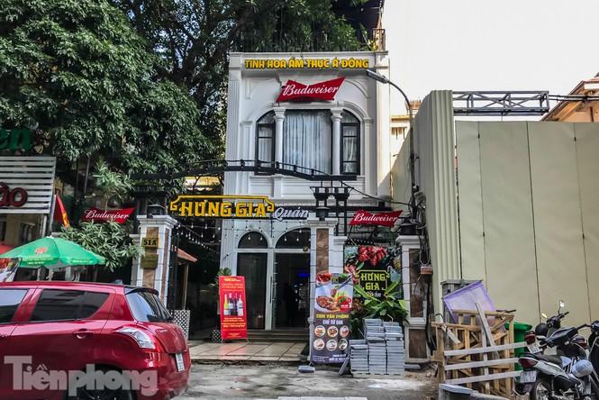 Biệt thự cổ Hà Nội thi nhau thành nhà hàng, quán nhậu - ảnh 4