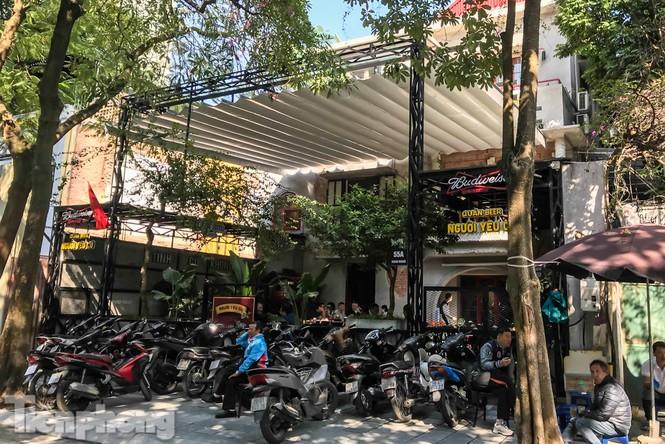 Biệt thự cổ Hà Nội thi nhau thành nhà hàng, quán nhậu - ảnh 7