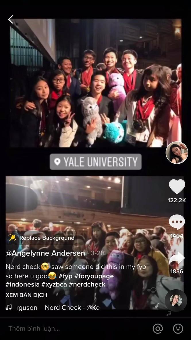 Gái xinh ĐH Yale khoe cả thùng huy chương, giấy khen và bài thi đạt 100 điểm - ảnh 7