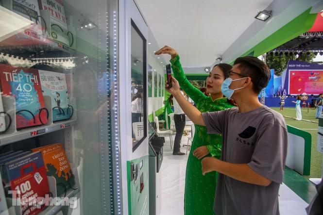 Giới trẻ nườm nượp đến trải nghiệm Ngày thẻ Việt Nam 2020 - ảnh 12