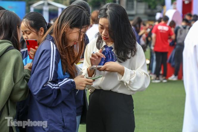 Giới trẻ nườm nượp đến trải nghiệm Ngày thẻ Việt Nam 2020 - ảnh 13