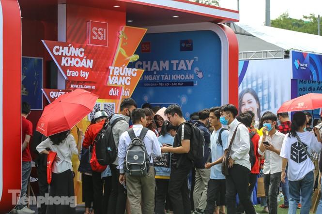 Giới trẻ nườm nượp đến trải nghiệm Ngày thẻ Việt Nam 2020 - ảnh 22