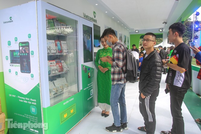Giới trẻ nườm nượp đến trải nghiệm Ngày thẻ Việt Nam 2020 - ảnh 23