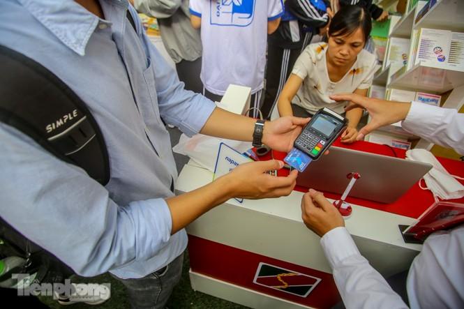 Giới trẻ nườm nượp đến trải nghiệm Ngày thẻ Việt Nam 2020 - ảnh 7