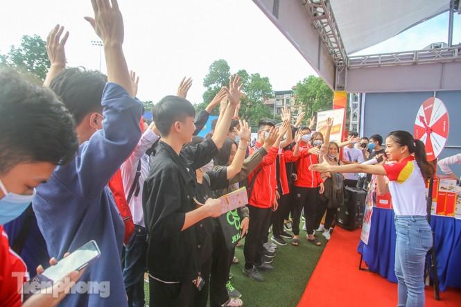 Giới trẻ nườm nượp đến trải nghiệm Ngày thẻ Việt Nam 2020 - ảnh 9