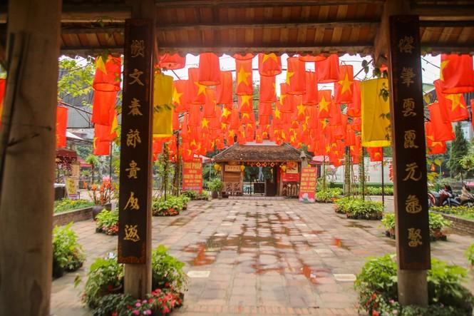 Di tích, đền chùa Hà Nội sẵn sàng mở cửa trở lại đón khách du xuân muộn - ảnh 7