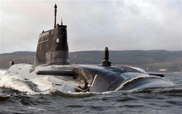 Cận cảnh siêu tàu ngầm của Hải quân Hoàng gia Anh - ảnh 8