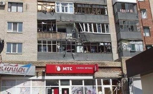Sloviansk tan hoang sau cuộc pháo kích của quân đội Ukraine - ảnh 5
