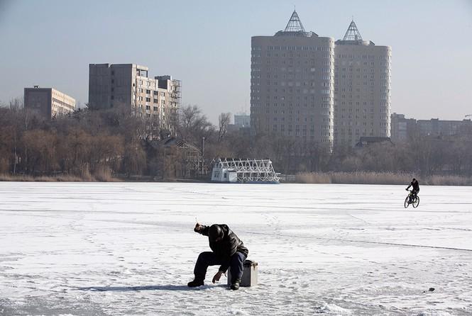 [ẢNH] Miền Đông Ukraine sau 3 ngày đình chiến - ảnh 1