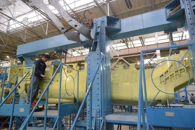 Đột nhập nhà máy sản xuất 'xe tăng bay' Su-34 - ảnh 12