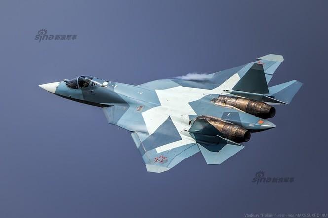 Tiêm kích J-20 Trung Quốc so đọ với siêu chiến đấu cơ T-50 Nga - ảnh 3