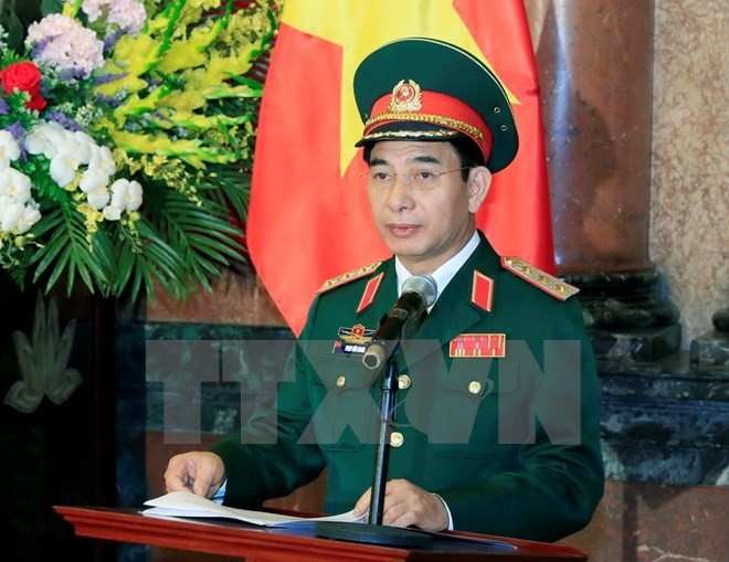 Chủ tịch nước Trần Đại Quang trao quyết định thăng quân hàm cho các sỹ quan cấp cao - ảnh 1