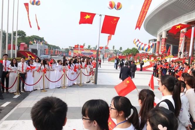 Lễ đón trọng thể Chủ tịch Trung Quốc Tập Cận Bình - ảnh 32