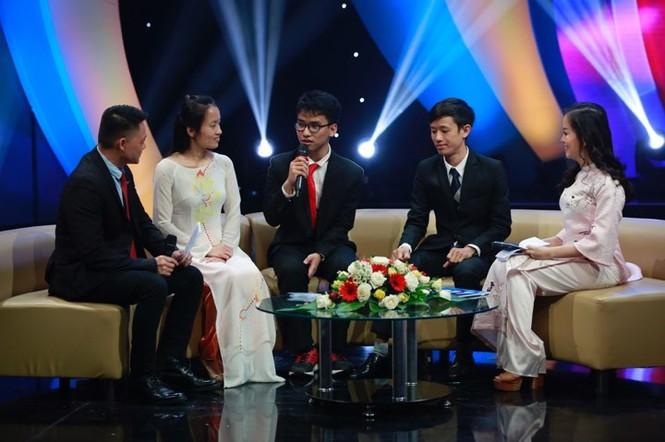 Thủ tướng trao giải thưởng Gương mặt trẻ Việt Nam tiêu biểu năm 2017 - ảnh 19