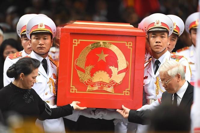 Hình ảnh xúc động tại lễ truy điệu Chủ tịch nước Trần Đại Quang - ảnh 13