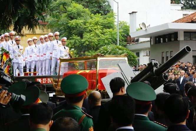 Hình ảnh xúc động tại lễ truy điệu Chủ tịch nước Trần Đại Quang - ảnh 17