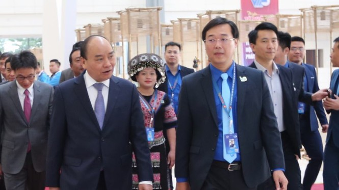 Thủ tướng Nguyễn Xuân Phúc: Mong thanh niên khởi nghiệp mạnh mẽ hơn - ảnh 25
